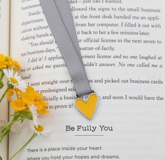 Lisa Leonard pewter heart-shaped bookmark to gift for Valentines Day to a friend
