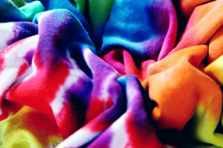 7 cool tie-dye pattern tutorials to help you DIY your own trendy tee
