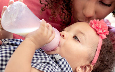Finally, a genius hybrid baby bottle: The benefits of glass with the convenience of plastic