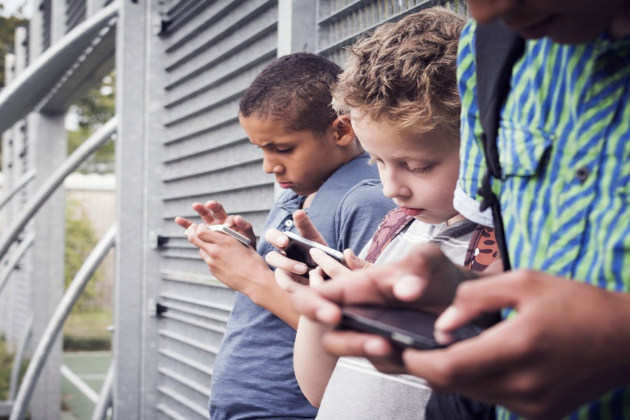 Digital parenting tips: 5 ways you can be a tech-positive parent