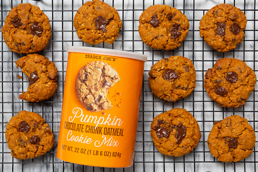 Skip the garbage and go right to these 5 delicious pumpkin spice treats + snacks. They're amazing!